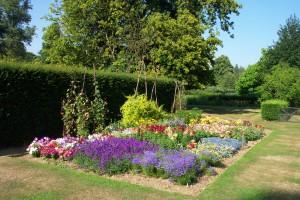 Harris_Garden_Flower_Bed